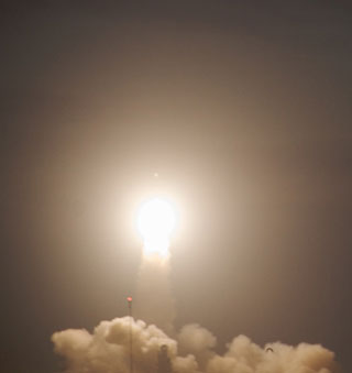 GPS 2R-M8 Satellite launch from Cape Canaveral on a Delta 2 Rocket