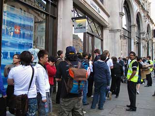 The iPhone 4 Launch at the Apple Store Regent St London.